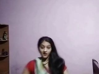 Bengali Bhabhi showing Sexy