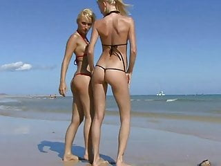 Amateur Beach video: Two blond Girls earning their vication