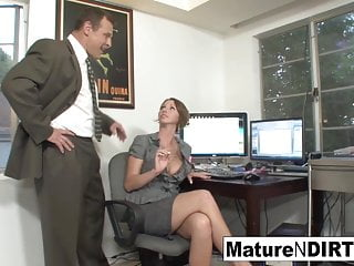 Mature Granny Hd Videos video: Busty MILF accountant fucks her favorite client
