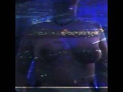 Vita di boxe in topless