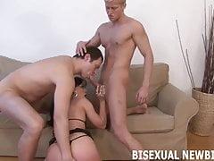 Dein erstes bisexuelles blasen und ficken wird verblüffend sein
