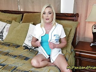Hardcore Fingering Blonde video: A Soccer Mom Who Wants It ROUGH!