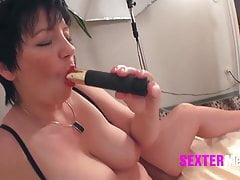 Old MILF la prima volta a SexCasting - Hammer !!!