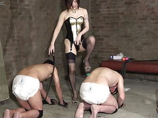Japanese Bdsm Femdom video: Japanese Femdom Dominatrix Sherry and Her Three Slaves