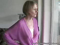 Amateur Housewife Is A Real Slut