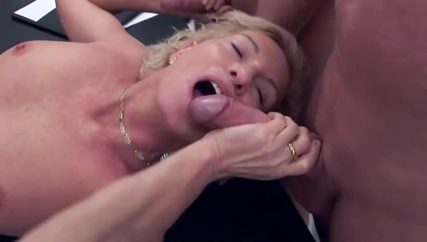 Смотреть порно лесбиянки мастурбация