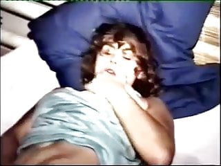 porno zadarmo - Wetting the bed