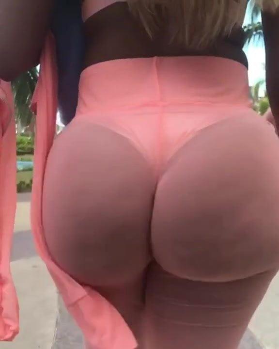Round Booty Walk