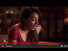 Desi-Frau, die mit Vibrator im Haus spielt