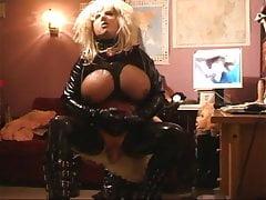 Roxina Tranny Slut Cam X