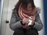 Chinese toilet peeing 2