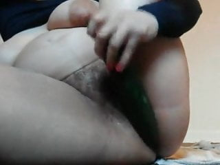 Mature hairy cunt fuck with cucumber