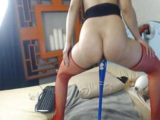Webcam Hd Videos video: Wild MILF Fucked Herself Using Her Massive Toys