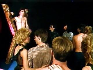 Hairy Vintage Blowjob video: Vintage Orgy 128