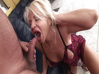 Granny Pissing Eating Pussy video: Granny is fucking and pissing with the craftsman