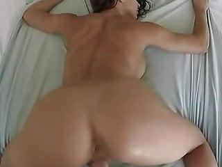 Double Penetration Kissing Lesbian video: Samiro