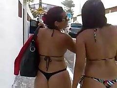 Filmer 2 filles brésiliennes.