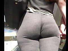 PAWG BOOTY JIGGLE SPANDEX