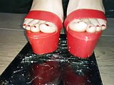 Lady L crush Tab with sexy red high heels.