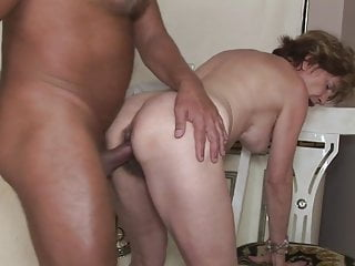 Anal,Hairy,Mature,Granny,Eating Pussy