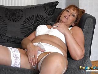 Milf Mature Mom video: EuropeMature Hot Mature lady Solo Striptease