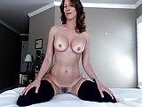 white milf twerking