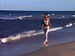 Elisabetta Canalis - Backstage Max 2003
