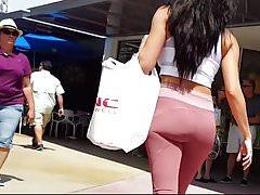 Candid voyeur incredible ass spandex shopping walking tight