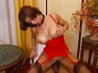 Desesperate Busty Wife