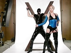 Helena Locke dominiert Tony Orlando während ihres Fotoshootings