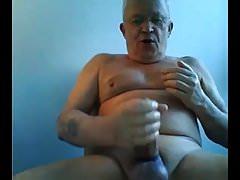 Grandpa cumshot on webcam   Porn-Update.com