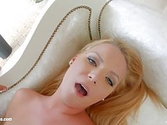 Scena Creampie z Christine Love by All Internal