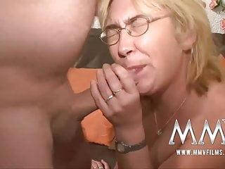 mmv電影德國成熟的家庭主婦性交