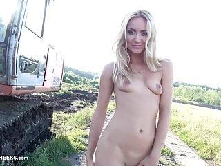 Lingerie Czech Teen video: Victoria Puppy - Tractor CzechCheeks.com