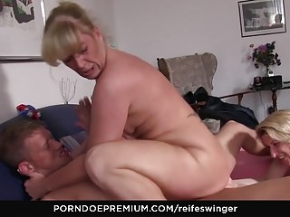 German Blondes Big Boobs video: REIFE SWINGER - Mature newbies suck cock and lick each other