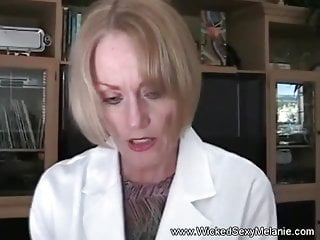 Blowjobs Anal video: Granny Doctor Examines Cock