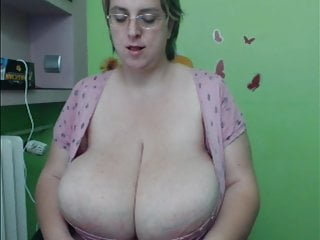 Big Tits Milf Mature video: BBW with MONSTER tits and HIGE clit