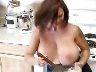 Xxtra black african big mamas fat wet pussy pics