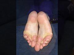 Maria porusza swoje seksowne stopy (rozmiar 39), część 7