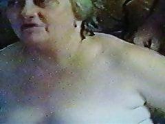 żona pozwala na nią sikać