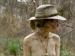Viviendo en el arbusto australiano como un naturista