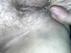 Frau ist sehr nass
