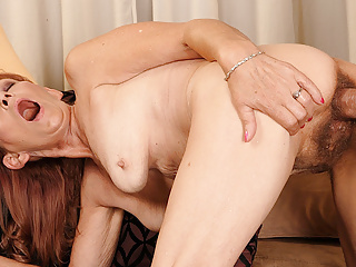 Blowjob Redhead Mature video: Saggy tit mature got her all natural pussy fucked hard