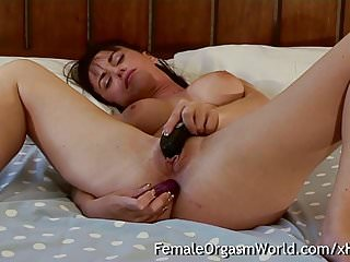 .Babe Needs Anal While Masturbating to Orgasm Contractions.