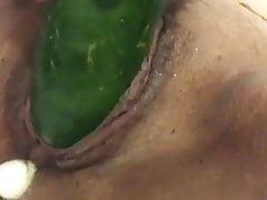 Żona uwielbia warzywa, wkładanie pochwy