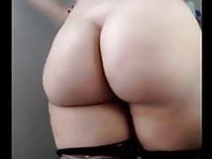 Un CURVY SEXY ASS