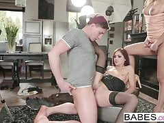 Babes - Step Mom Lezioni - Jason Steel e Melanie Gold e