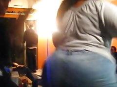 Le ragazze grandi amano twerk loro culi sexy grassi! Pre
