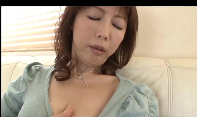 Шикарная девушка в порноролике