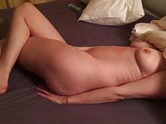 Orgasmus einer schüchternen Frau
